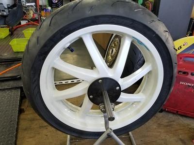 NSR250R タイヤ交換_e0114857_8452978.jpg