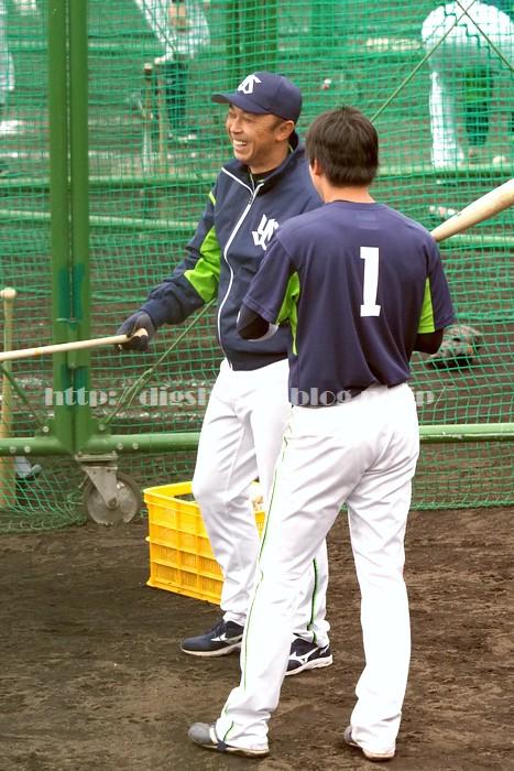 山田哲人選手、2018浦添キャンプその13_e0222575_2145296.jpg