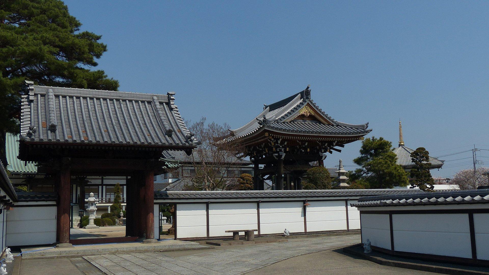 花見のあとは社寺を巡る_a0185081_13455235.jpg