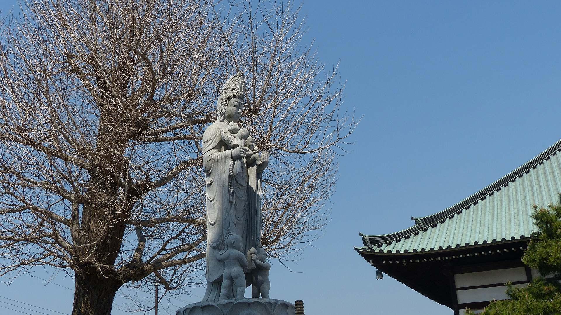 花見のあとは社寺を巡る_a0185081_14154908.jpg