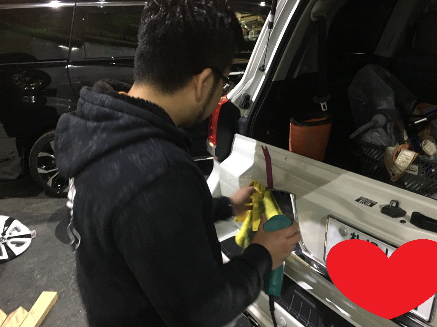 3月30日(金)トミーベース カスタムブログ☆S社様、新車のヴェルファイア到着☆カマロカスタム中☆_b0127002_11574327.jpg