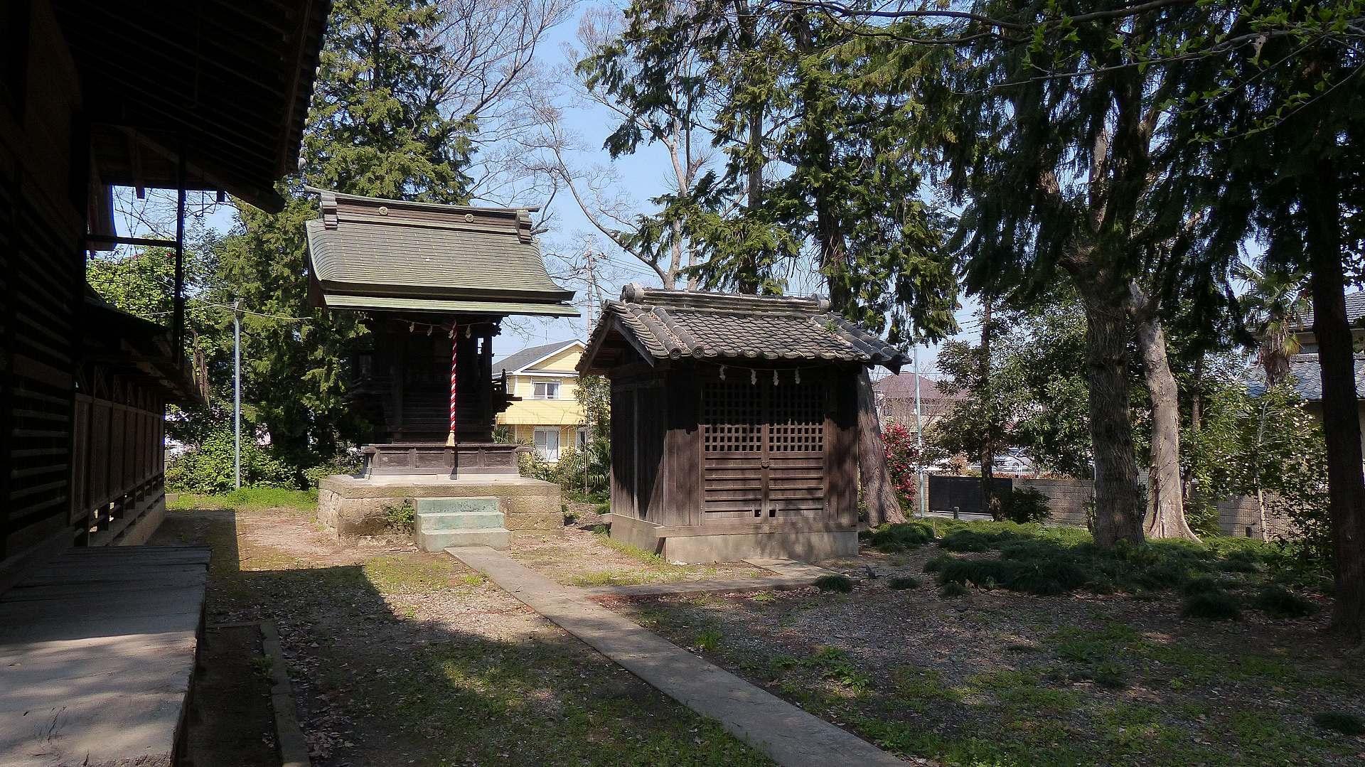 お寺の次は神社です_a0185081_09494140.jpg