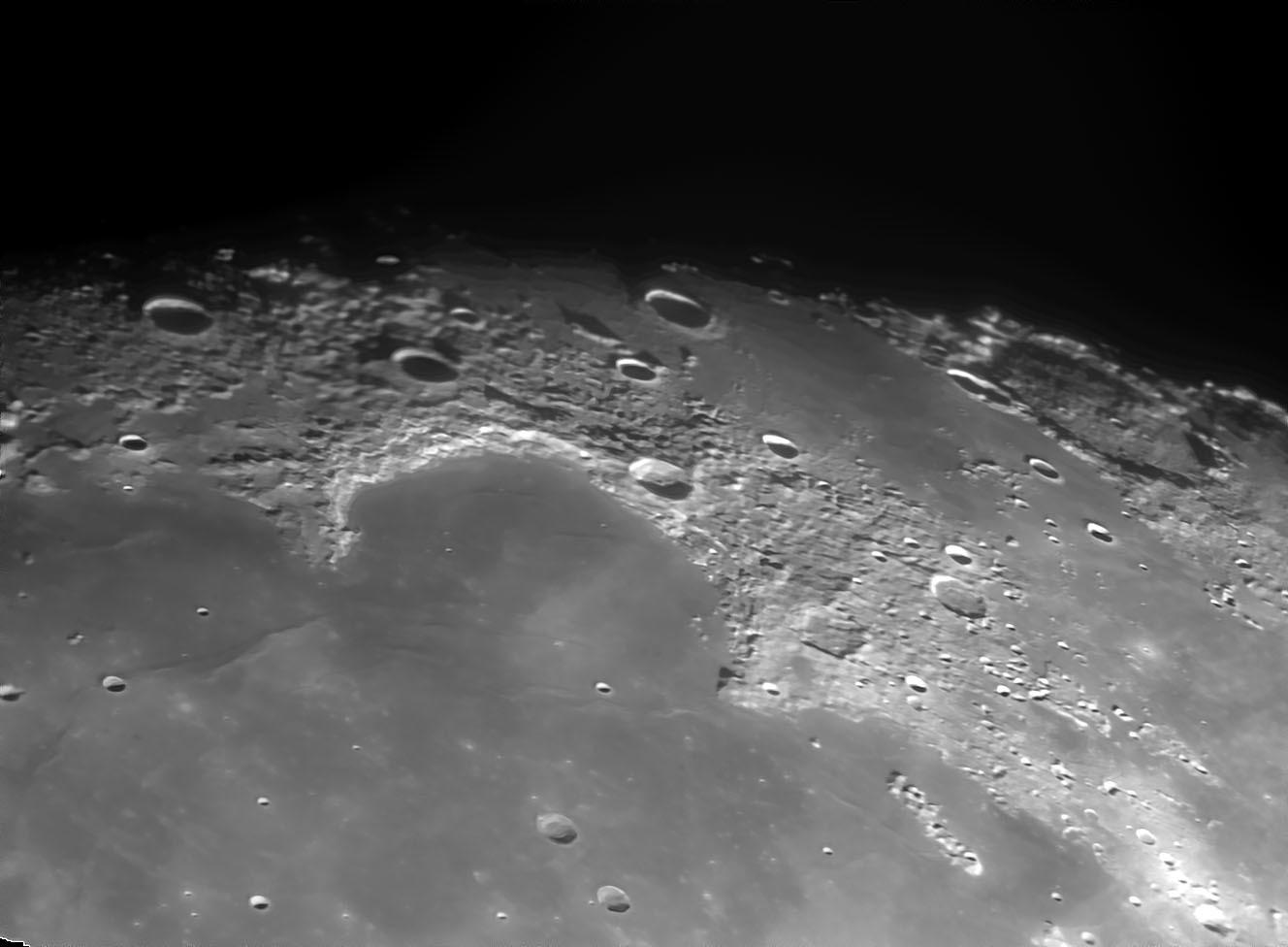 3月28日の月 15cmアクロマート屈折での月面撮影 _e0174091_09493282.jpg