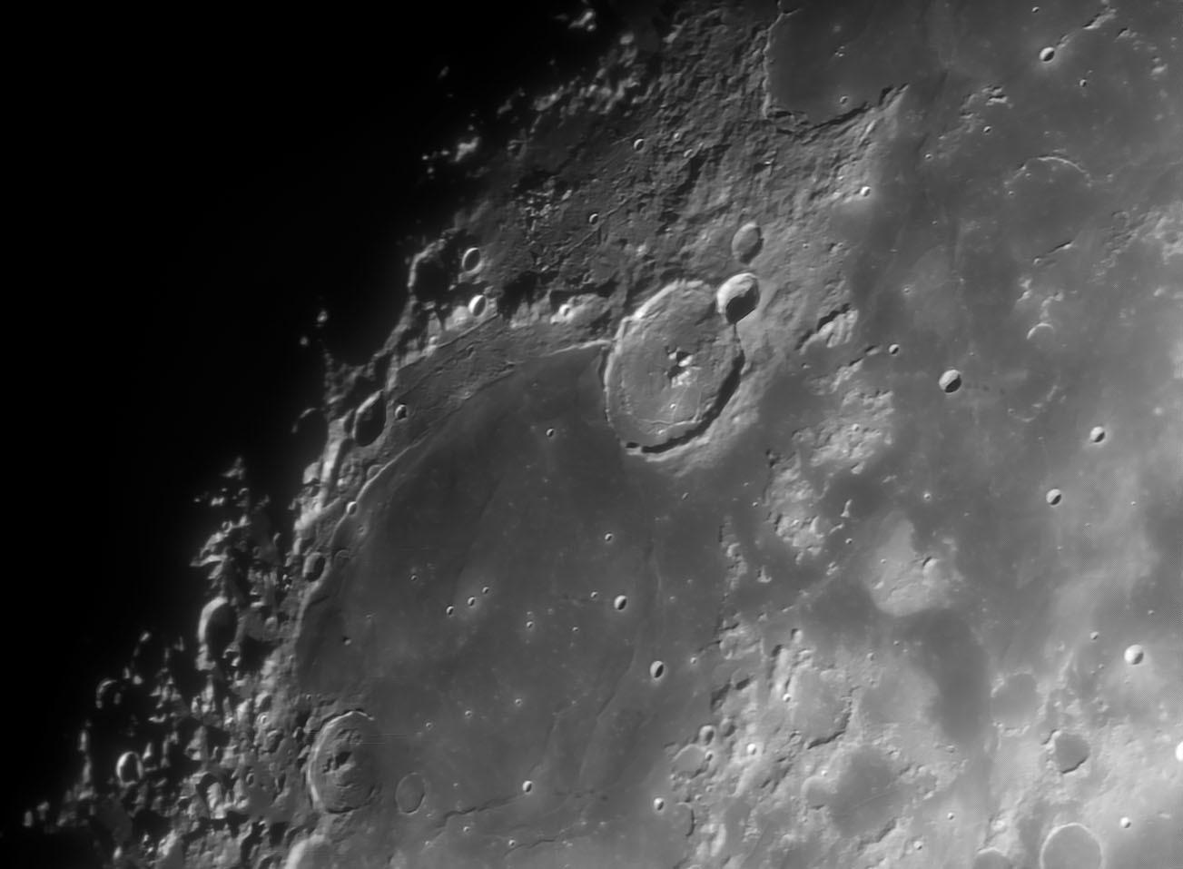 3月28日の月 15cmアクロマート屈折での月面撮影 _e0174091_09495646.jpg
