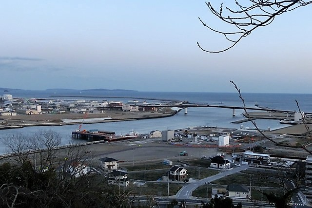 藤田八束の鉄道写真@がんばれ石巻、復興に向かう石巻、港に活気が帰ってくる日、鉄道写真_d0181492_23441624.jpg