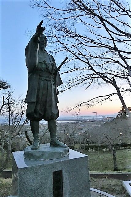 藤田八束の鉄道写真@がんばれ石巻、復興に向かう石巻、港に活気が帰ってくる日、鉄道写真_d0181492_23451877.jpg