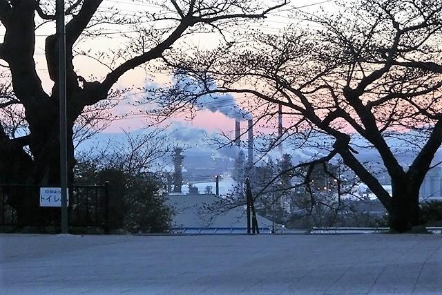 藤田八束の鉄道写真@がんばれ石巻、復興に向かう石巻、港に活気が帰ってくる日、鉄道写真_d0181492_23455721.jpg