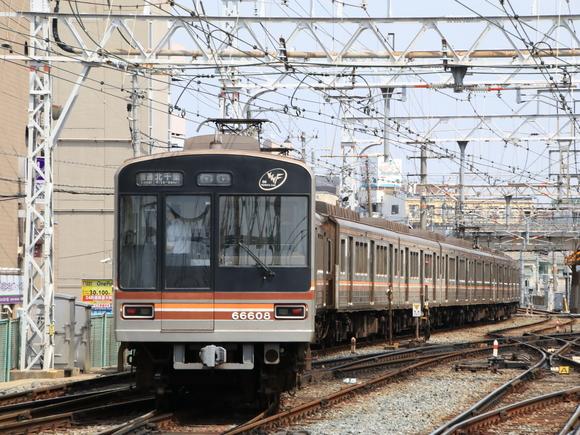 大阪メトロ 66系 66608 阪急淡路駅 撮り鉄_d0202264_12291612.jpg