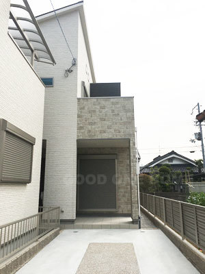 菱江1丁目B号地 外構工事も完了!!室内も完成!_e0251265_13593114.jpg