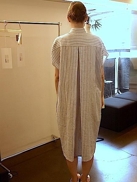 さりげなく上質で、シンプルですが、体型問わず、美しく着れて、使いやすい、TOMOUMI ONOの麻ワンピース_e0122680_18005227.jpg