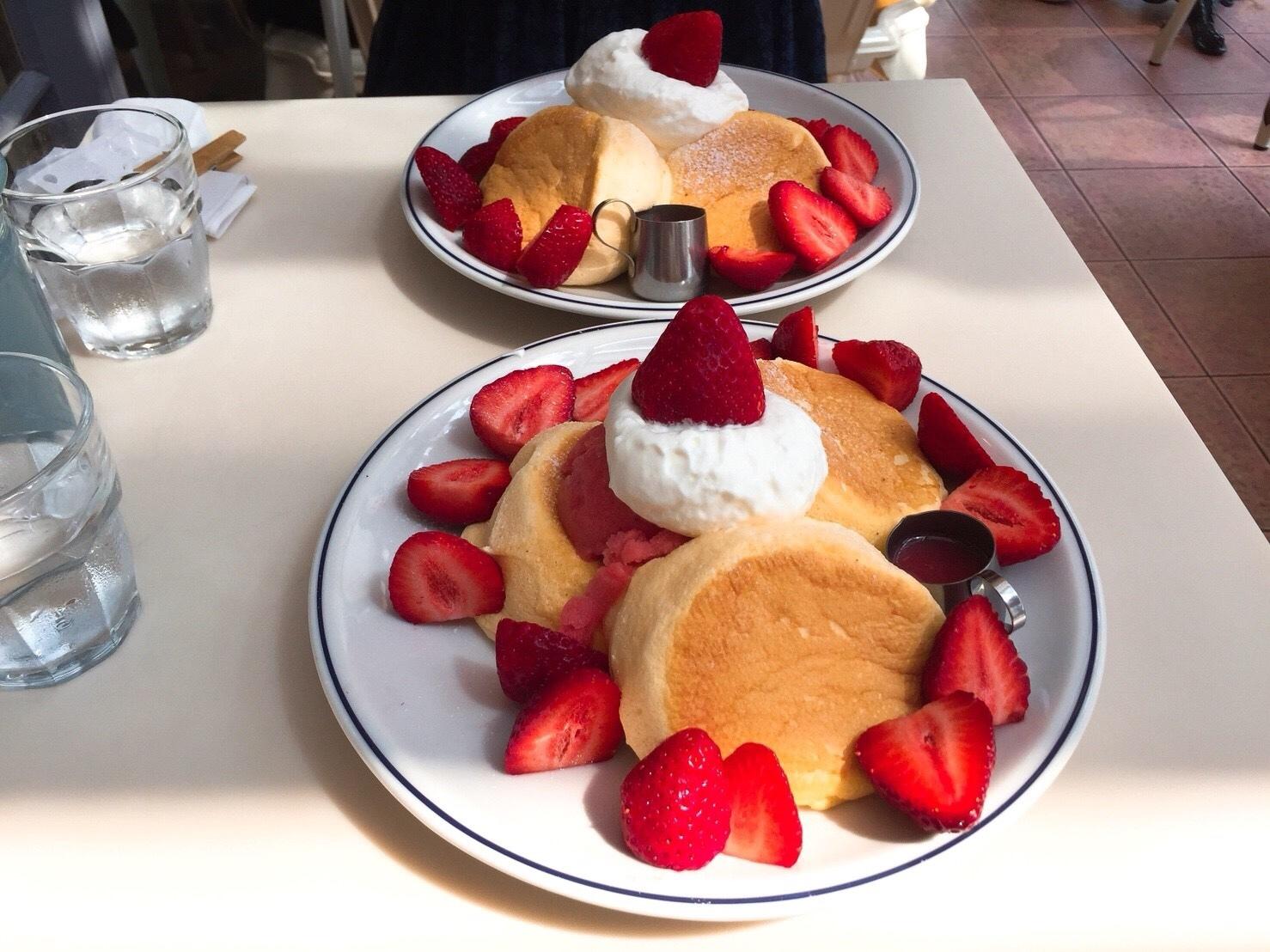 奇跡のパンケーキ「フリッパーズ」_c0124528_17305886.jpg