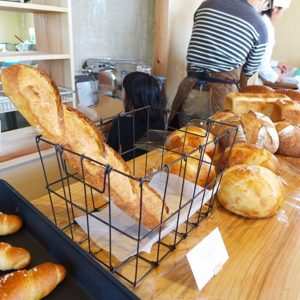 「天然酵母のパンとおやつkumu」さん 「パン焼き小屋tonoca」さん (三重県亀山市)_d0108737_14330593.jpg