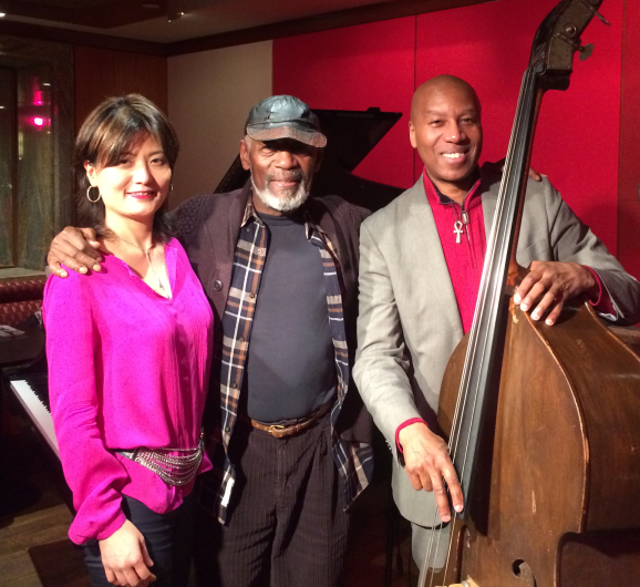 Trio with Lonnie Plaxico & Victor Lewis_a0094202_12290180.jpg