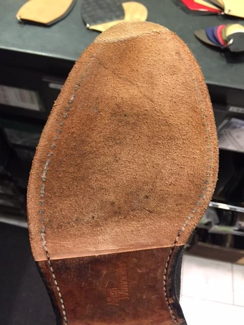 お食事の前に靴のお修理はいかがでしょうか。_b0226322_19272475.jpg