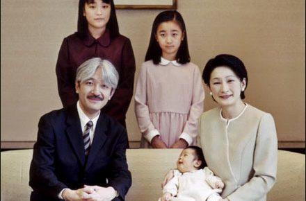 日本の支配層の構造:3人の天皇と縄文5系統「政府委員」のジイサマ_e0069900_15033391.jpg