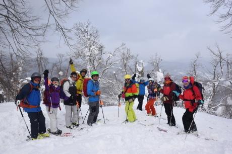 2018年3月3日3月3日 昼から[湯内山」を登って深雪を楽しむ_c0242406_17035442.jpg