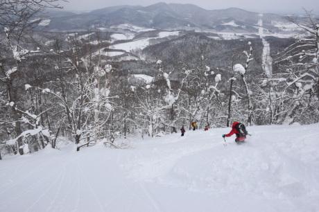 2018年3月3日3月3日 昼から[湯内山」を登って深雪を楽しむ_c0242406_17094369.jpg