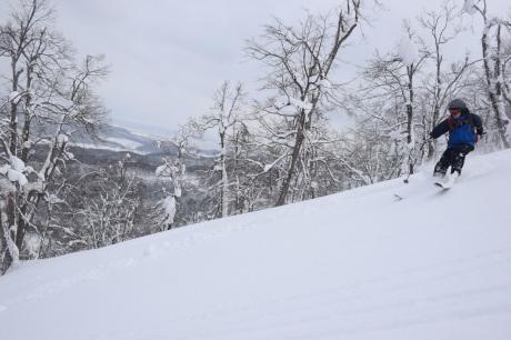 2018年3月3日3月3日 昼から[湯内山」を登って深雪を楽しむ_c0242406_17531085.jpg