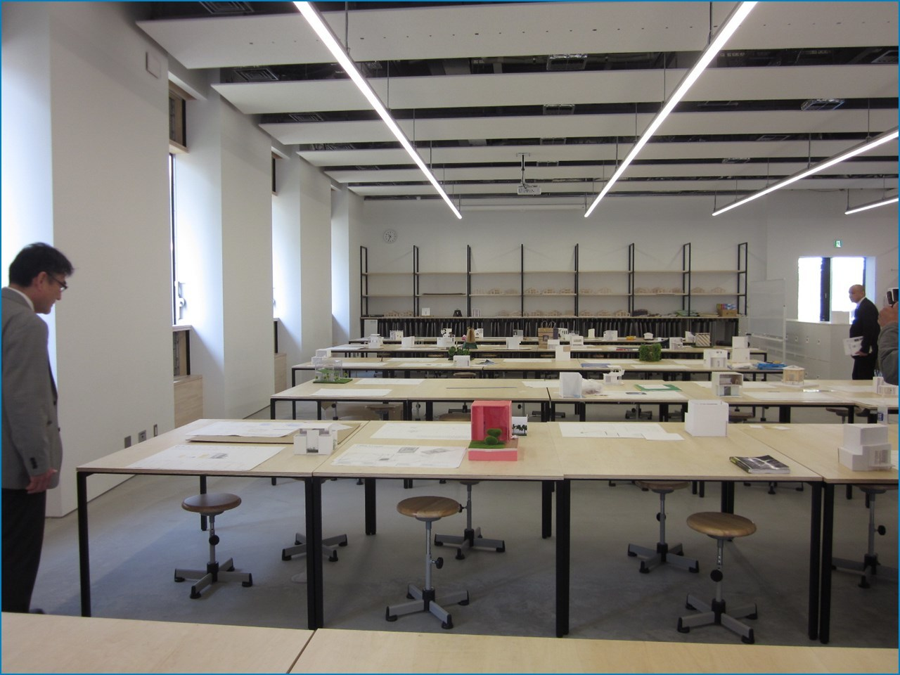 静岡理工科大学 理工学部 建築学科棟の見学 1_c0376508_15420222.jpg