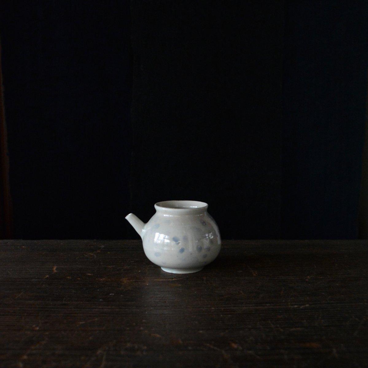 「山本亮平・ゆき 展 白瓷考」 4/7(土)より_d0087761_184173.jpg