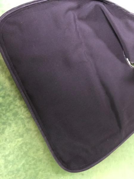 レースで中位サイズのおむすびバッグを作りました。_e0397389_16524850.jpg