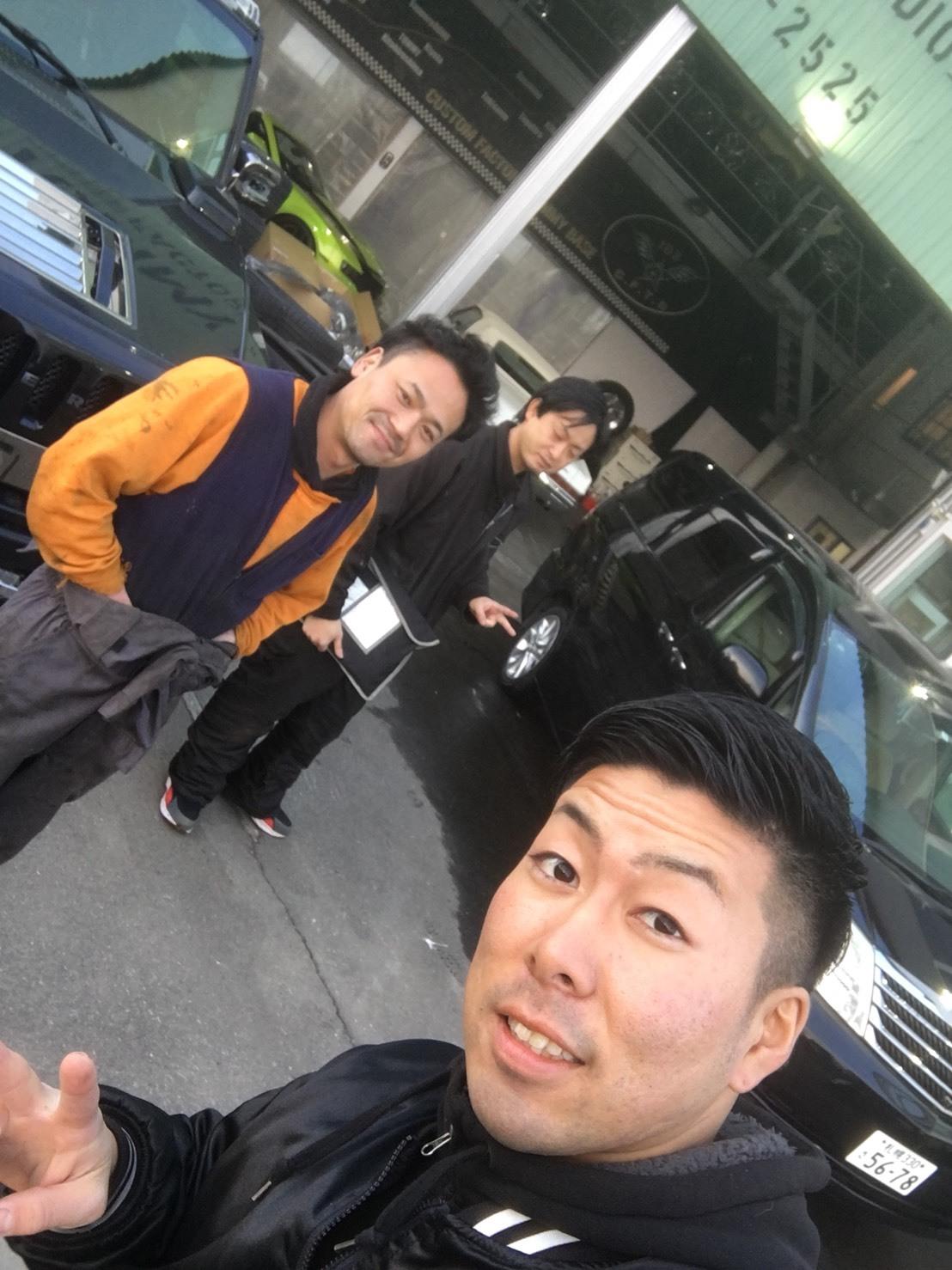 4月6日(金)トミーベース カスタムブログ☆インパラカスタム中☆LX570 ヴェルファイアなどの作業風景もお伝えします☆_b0127002_11015241.jpg