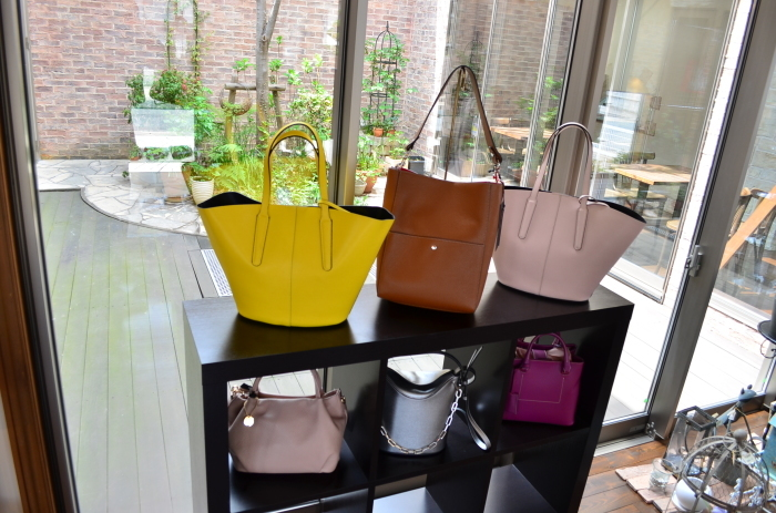 """・・・With Import Bag Festa~Import Leather Bag編...4/6fri\""_d0153941_18015169.jpg"