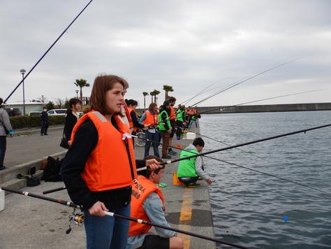 Egmont高校(デンマーク)修学旅行、焼津フィシューナで魚釣り_f0175450_7393221.jpg