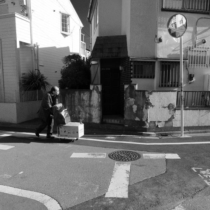 世田谷の古道?を歩く 鎌倉通りその7(最終~西太子堂) _b0058021_09532392.jpg
