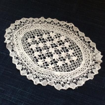 インドの女子修道院の刺繍やレース、それからヨーロッパのサンプラーも_f0108001_11435017.jpg