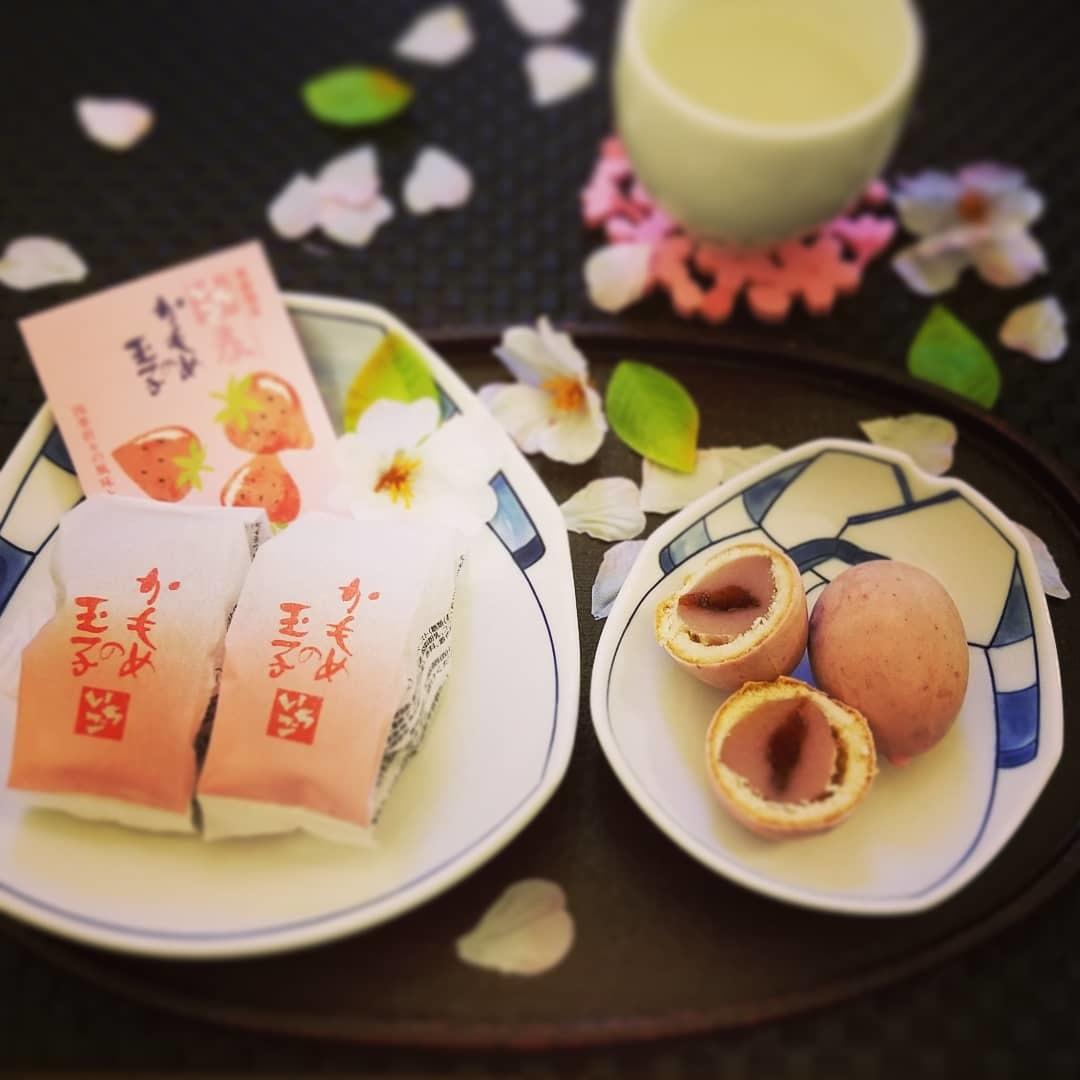 4月8日*軽井沢の桜 ~ 春限定*いちごかもめの玉子_f0236260_18520392.jpg