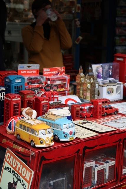 ロンドンイチ有名なポートベローマーケット _f0380234_02540239.jpg