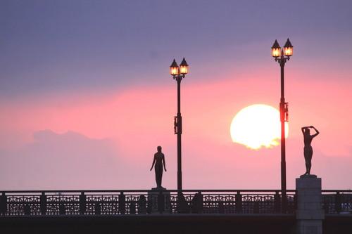 幣舞橋と夕日 4月9日_f0113639_15315872.jpg
