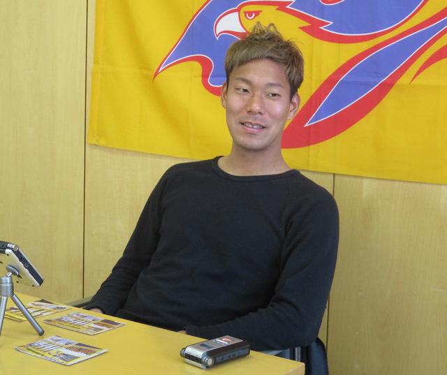 野津田選手インタビュー_d0367462_16440926.jpg