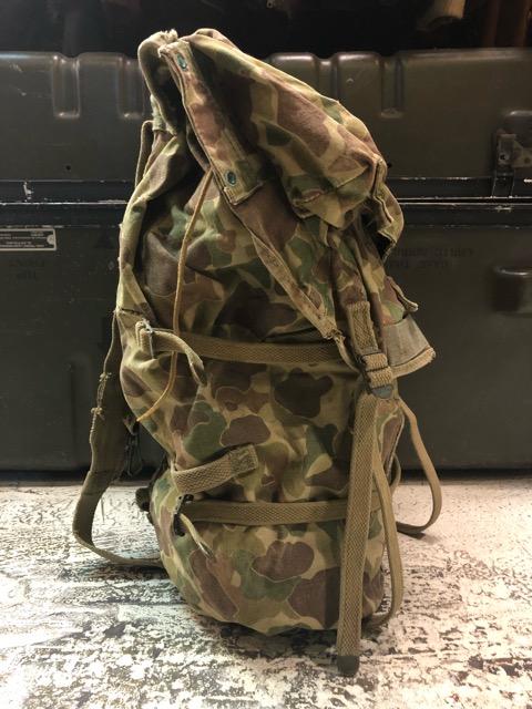 4月11日(水)大阪店ヴィンテージ入荷!#4 U.S.Military編!M-1943 FlogSkinJunglePack!!_c0078587_16182893.jpg