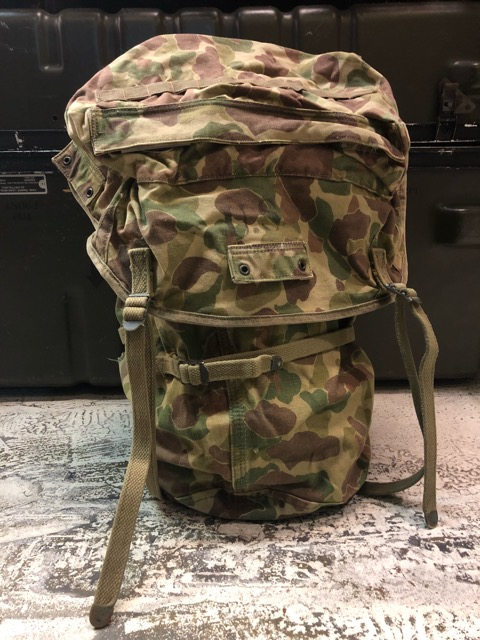 4月11日(水)大阪店ヴィンテージ入荷!#4 U.S.Military編!M-1943 FlogSkinJunglePack!!_c0078587_1621521.jpg
