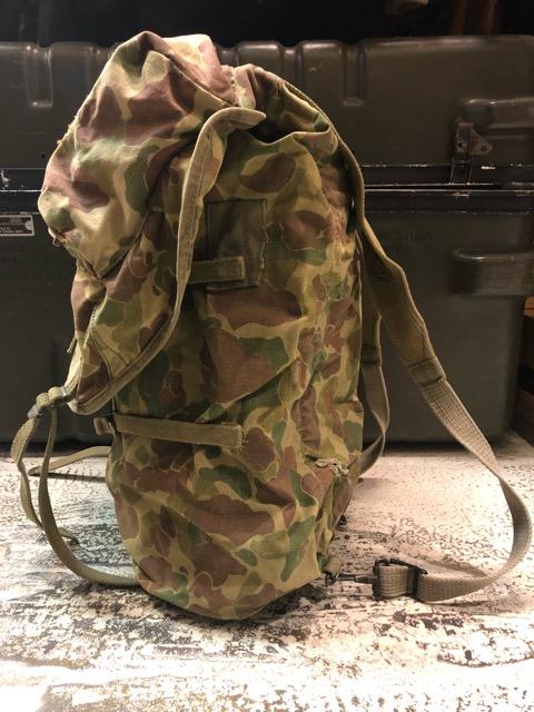 4月11日(水)大阪店ヴィンテージ入荷!#4 U.S.Military編!M-1943 FlogSkinJunglePack!!_c0078587_16215940.jpg
