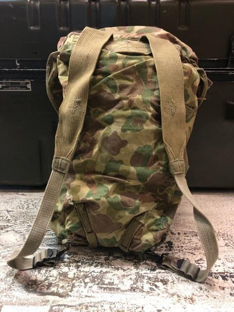 4月11日(水)大阪店ヴィンテージ入荷!#4 U.S.Military編!M-1943 FlogSkinJunglePack!!_c0078587_1622686.jpg