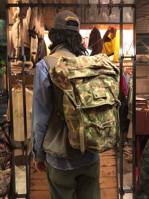 4月11日(水)大阪店ヴィンテージ入荷!#4 U.S.Military編!M-1943 FlogSkinJunglePack!!_c0078587_16233363.jpg