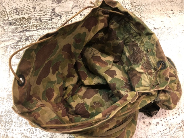 4月11日(水)大阪店ヴィンテージ入荷!#4 U.S.Military編!M-1943 FlogSkinJunglePack!!_c0078587_162371.jpg