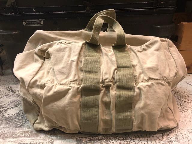 4月11日(水)大阪店ヴィンテージ入荷!#4 U.S.Military編!M-1943 FlogSkinJunglePack!!_c0078587_16261088.jpg