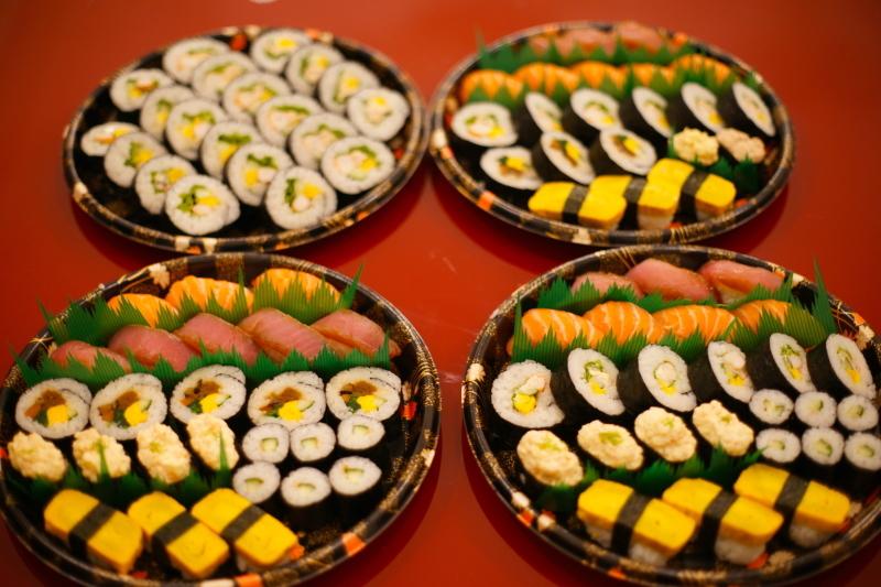 """イタリアで寿司ケータリング """"Catering Sushi per 10 persone""""_b0246303_05535817.jpg"""