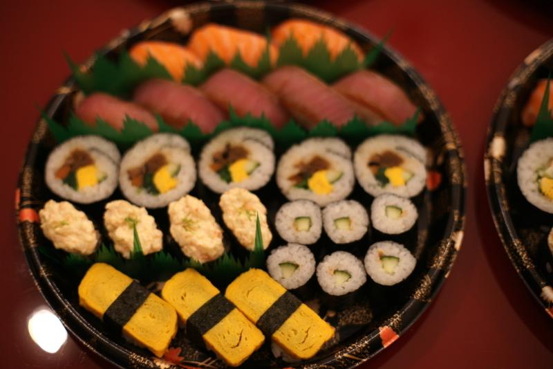 """イタリアで寿司ケータリング """"Catering Sushi per 10 persone""""_b0246303_06515717.jpg"""