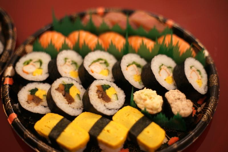 """イタリアで寿司ケータリング """"Catering Sushi per 10 persone""""_b0246303_06590690.jpg"""