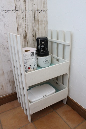 【NHK World Japanology plus】100円セリアでトイレをDIYプチリノベ♪_f0023333_22481198.jpg