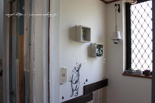 【NHK World Japanology plus】100円セリアでトイレをDIYプチリノベ♪_f0023333_22482274.jpg