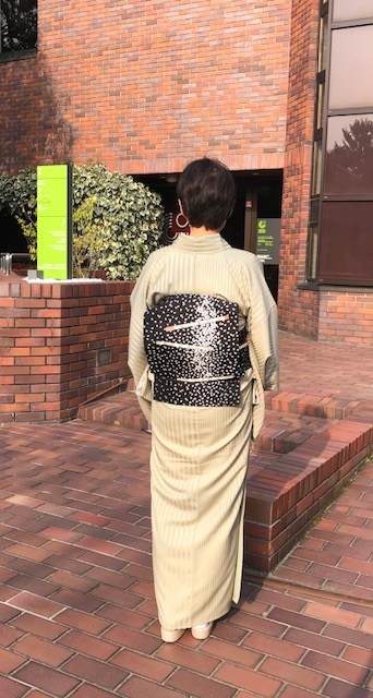 野田さんコンサート・西陣まいづる桜の花びら名古屋帯。_f0181251_1554766.jpg