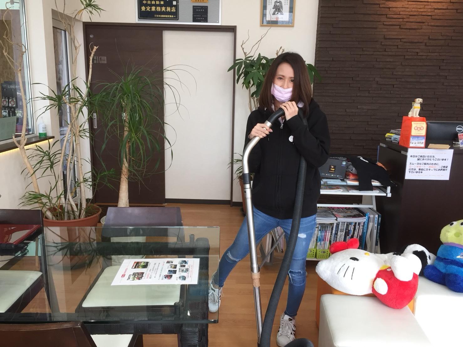 4月11日㈬本店なっちゃんブログ(*ꆤ.̫ꆤ*)ランクル アルファード レクサス._b0127002_16345977.jpg