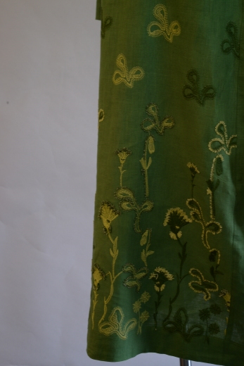 M81512 フレンチリネン草花刺繍ワンピース_b0117913_15462378.jpg