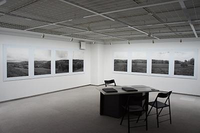 「ある牛の旅 Hiro TOBE写真展」開催中です!_f0171840_14254552.jpg